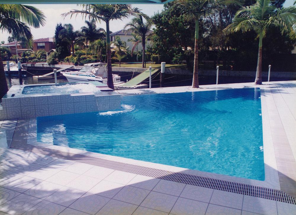 Swimming Pool Designs Inspiration - 11